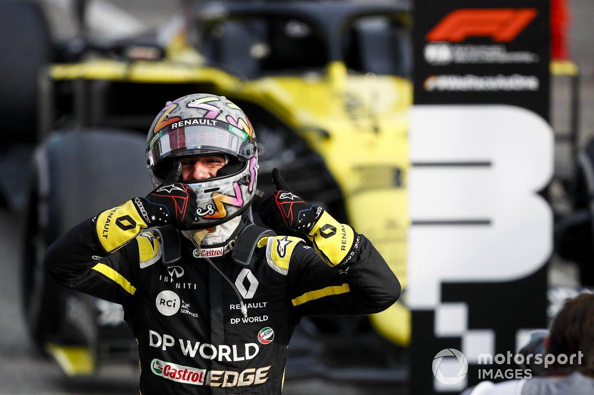 Daniel Ricciardo, Renault F1 Team R.S.20 festeggia al Parc Ferme