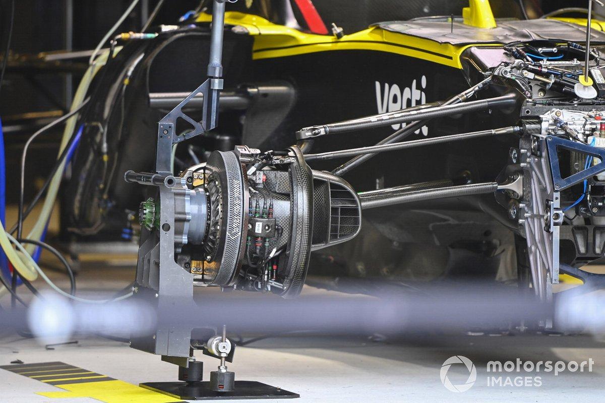 Rueda delantera del Renault