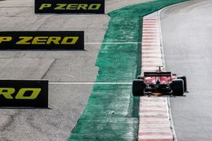 Sparks under the car of Charles Leclerc, Ferrari SF1000