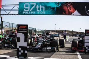 Lewis Hamilton, Mercedes F1 W11, arrives in Parc Ferme after Qualifying