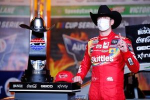 Kyle Busch, Joe Gibbs Racing, Toyota Camry Skittles Zombie