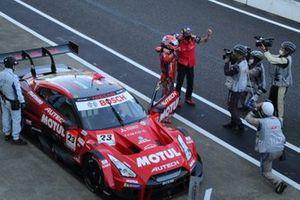 ロニー・クインタレッリ Ronnie Quintarelli、松田次生 Tsugio Matsuda(#23 MOTUL AUTECH GT-R)