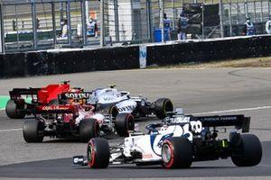 Nicholas Latifi, Williams FW43, battles with Sebastian Vettel, Ferrari SF1000, ahead of Kimi Raikkonen, Alfa Romeo Racing C39, and Daniil Kvyat, AlphaTauri AT01