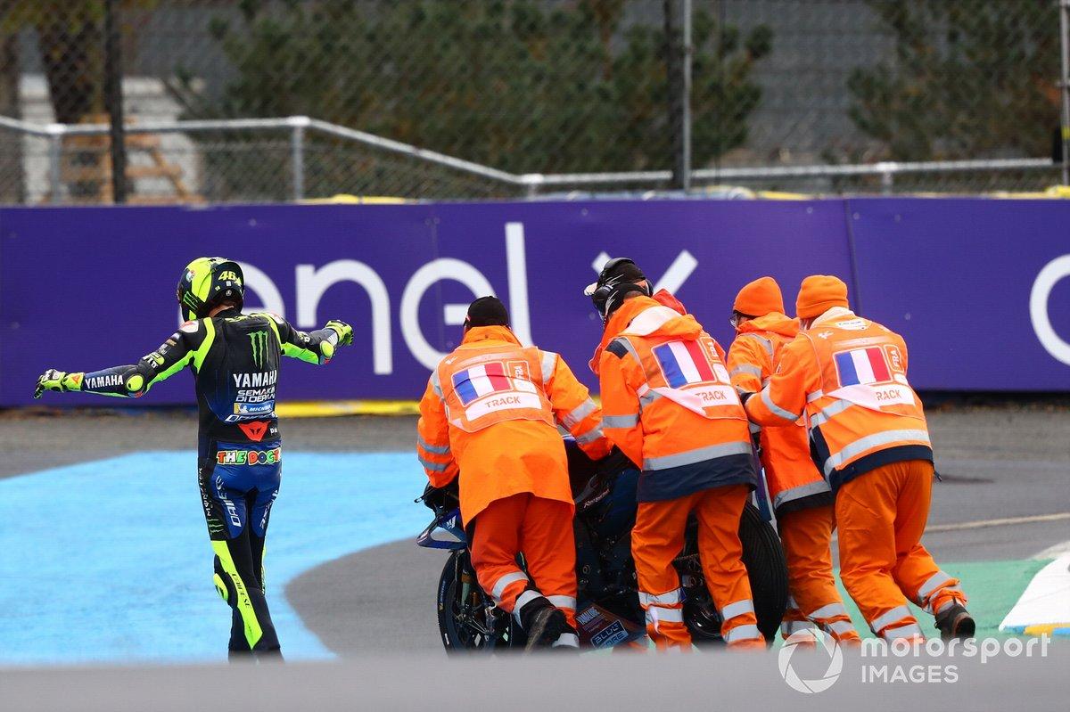Valentino Rossi, Yamaha Factory Racing después de la caída