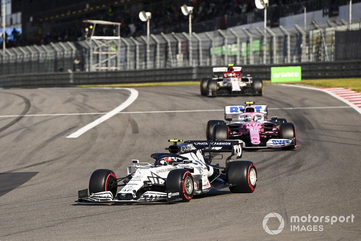 Pierre Gasly, AlphaTauri AT01 e Nico Hulkenberg, Racing Point RP20