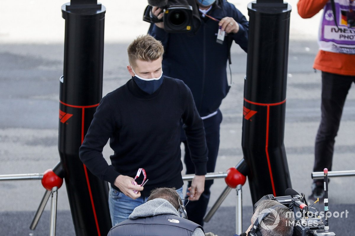 Nico Hulkenberg, Racing Point, llega al circuito