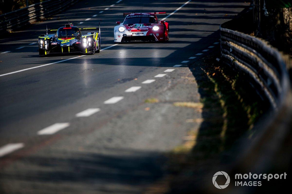 #4 ByKolles Racing Team Enso CLM P1/01: Tom Dillmann, Bruno Spengler, Oliver Webb, #91 Porsche GT Team Porsche 911 RSR: Richard Lietz, Gianmaria Bruni, Frederic Makowiecki