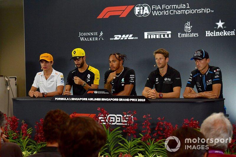 Lando Norris, McLaren, Daniel Ricciardo, Renault F1 Team, Lewis Hamilton, Mercedes AMG F1, Romain Grosjean, Haas F1 y Robert Kubica, Williams Racing en la rueda de prensa