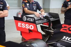 Red Bull Racing RB15 rear wing detail