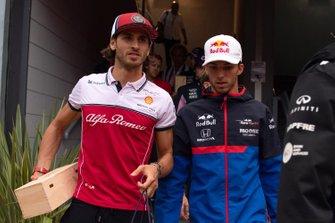 Antonio Giovinazzi, Alfa Romeo Racing and Pierre Gasly, Toro Rosso