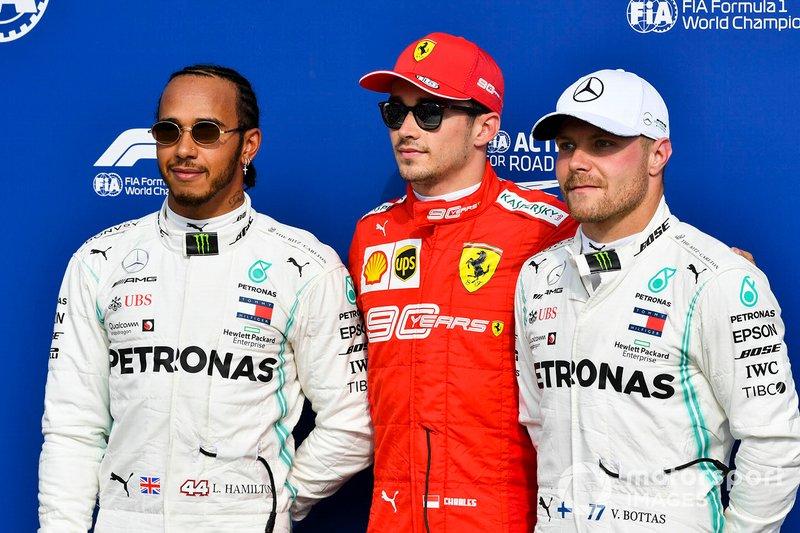 Lewis Hamilton, Mercedes AMG F1, Pole Sitter Charles Leclerc, Ferrari e Valtteri Bottas, Mercedes AMG F1 al Parc Ferme