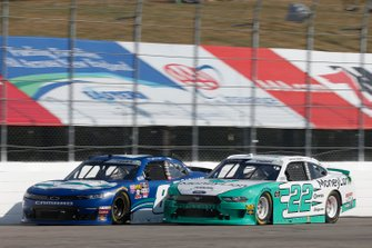Austin Cindric, Team Penske, Ford Mustang MoneyLion Ryan Truex, JR Motorsports, Chevrolet Camaro Bar Harbor