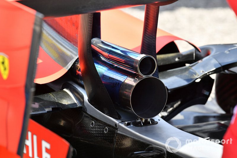 Exhaust on Ferrari SF90