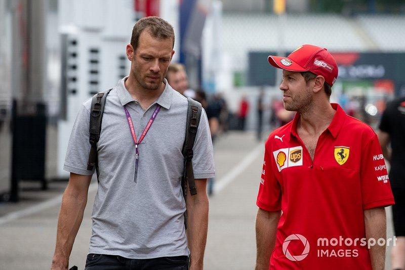 Alex Wurz con Sebastian Vettel, Ferrari