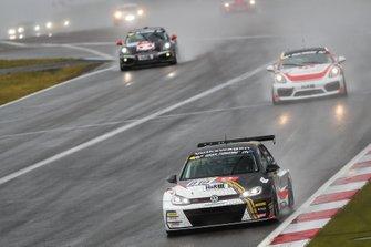 #819 Max Kruse Racing VW Golf Gti TCR: Jasmin Preisig, Loris Prattes