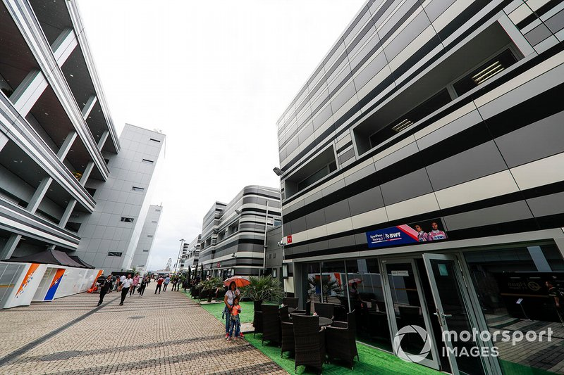 La zona dell'hospitality della Racing Point