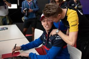 Daniil Kvyat, Toro Rosso, and Nico Hulkenberg, Renault F1 Team