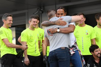 Valtteri Bottas, Mercedes AMG F1, 2nd position, and Lewis Hamilton, Mercedes AMG F1, 1st position, celebrate with their team