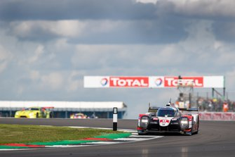 #8 TOYOTA GAZOO RACING - Toyota TS050 - Hybrid: Sebastien Buemi, Kazuki Nakajima, Brendon Hartley Race