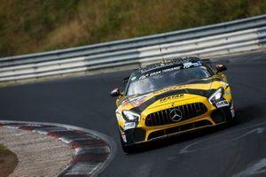 #152 Mercedes-AMG GT4, BLACK FALCON Team KNUFFI: Mustafa Mehmet Kaya, Reinhold Renger