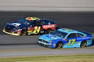 William Byron, Hendrick Motorsports, Chevrolet Camaro Axalta, Ricky Stenhouse Jr., Roush Fenway Racing, Ford Mustang Fifth Third Bank
