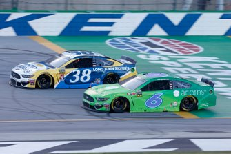 Ryan Newman, Roush Fenway Racing, Ford Mustang Acorns David Ragan, Front Row Motorsports, Ford Mustang Long John Silver's