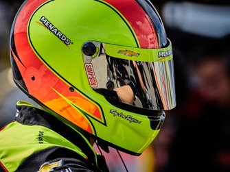 Simon Pagenaud, Team Penske Chevrolet, crew