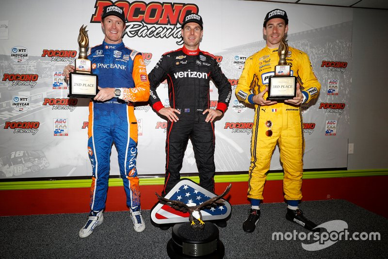 Ganador Will Power, Team Penske Chevrolet, Scott Dixon, Chip Ganassi Racing Honda, Simon Pagenaud, Team Penske Chevrolet