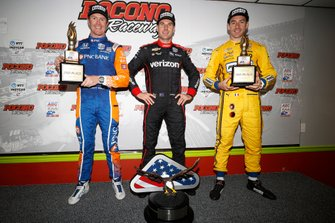 Will Power, Team Penske Chevrolet, Scott Dixon, Chip Ganassi Racing Honda, Simon Pagenaud, Team Penske Chevrolet