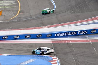 William Byron, Hendrick Motorsports, Chevrolet Camaro UniFirst, Darrell Wallace Jr., Richard Petty Motorsports, Chevrolet Camaro LeithCars.com