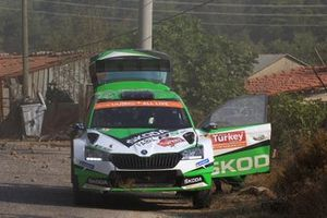 Kalle Rovanperä, Jonne Halttunen, Skoda Motorsport Skoda Fabia R5 after their crash in SS2
