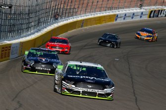 Aric Almirola, Stewart-Haas Racing, Ford Mustang Smithfield and Kevin Harvick, Stewart-Haas Racing, Ford Mustang Mobil 1