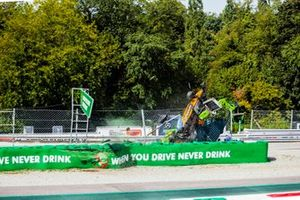 L'incidente di Alexander Peroni, Campos Racing