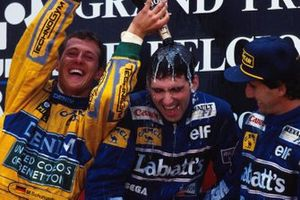 Podium: 1. Damon Hill, 2. Michael Schumacher, 3. Alain Prost