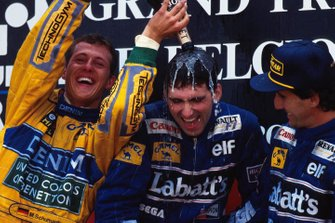 Podio: Michael Schumacher, Benetton, Damon Hill, Williams, Alain Prost, Williams