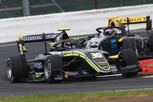 Felipe Drugovich, Carlin Buzz Racing and Ye Yifei, Hitech Grand Prix
