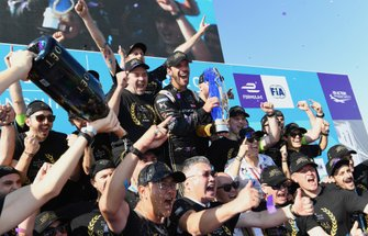 Jean-Eric Vergne, DS TECHEETAH celebrates driver, constructor championships with his team on the podium