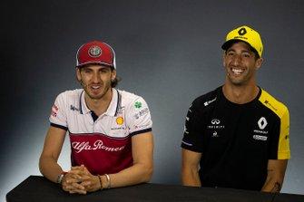 Antonio Giovinazzi, Alfa Romeo Racing and Daniel Ricciardo, Renault F1 Team In the Press Conference