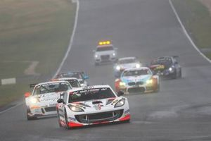 #188 Ginetta GT4: Charles Ladell, Jean-Francois Brunot, Heiko Tönges