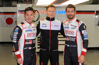 Pole: Mike Conway, Kamui Kobayashi, Jose Maria Lopez, Toyota Gazoo Racing