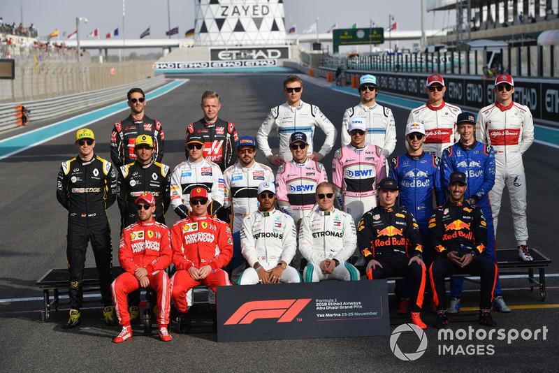 Mesmas equipes e pilotos durante o ano todo