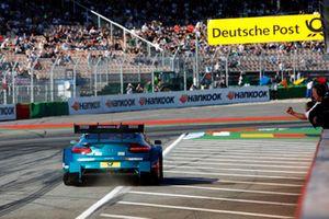 Şampiyon Gary Paffett, Mercedes-AMG Team HWA, Mercedes-AMG C63 DTM