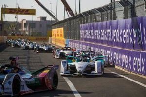 Lucas di Grassi, Audi Sport ABT Schaeffler, Audi e-tron FE05, Oliver Turvey, NIO Formula E Team, NIO Sport 004, Jose Maria Lopez, GEOX Dragon Racing, Penske EV-3
