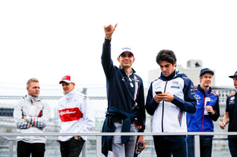 Esteban Ocon, Racing Point Force India, and Lance Stroll, Williams Racing, in the drivers parade
