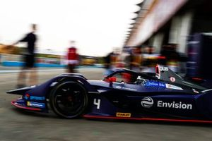 Amna Al Qubaisi, Envision Virgin Racing, Audi e-tron FE05, leaves the garage