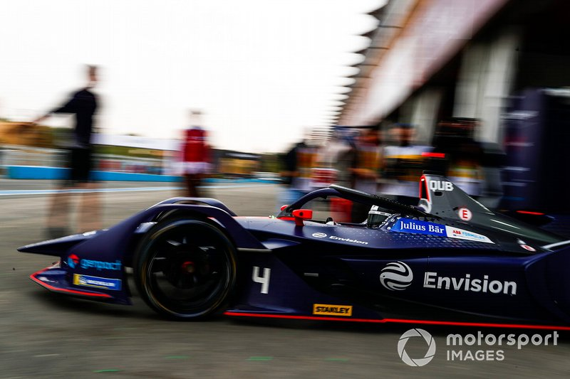 Amna Al Qubaisi, Envision Virgin Racing, Audi e-tron FE05, sort du garage