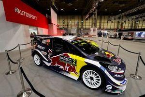 Un Ford del WRC cerca del escenario de Autosport