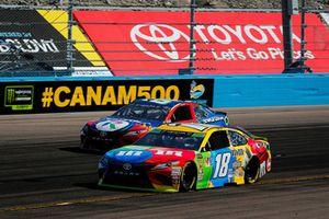 Kyle Busch, Joe Gibbs Racing, Toyota Camry M&M's and Timmy Hill, Phoenix Air Racing, Toyota Camry Rewards.com