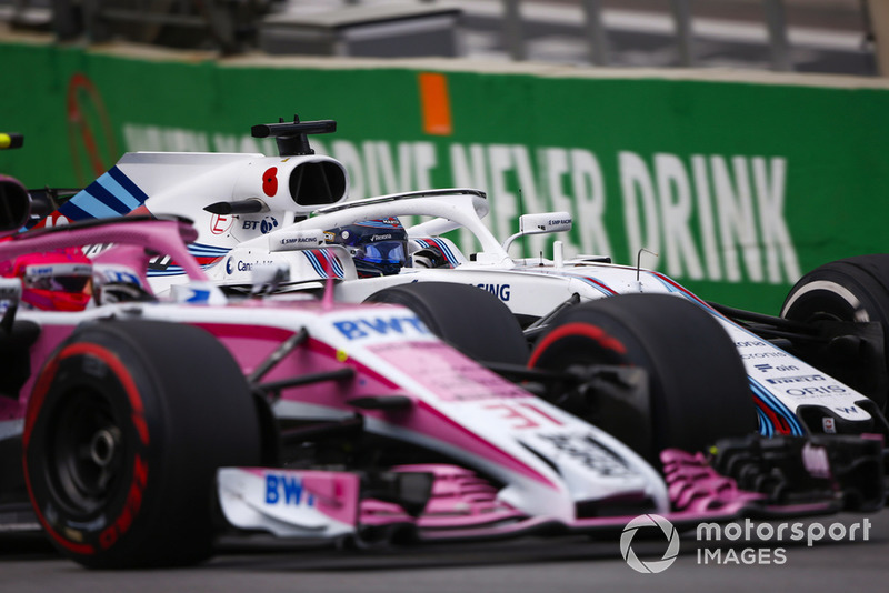 Esteban Ocon, Racing Point Force India VJM11, en lutte avec Lance Stroll, Williams FW41