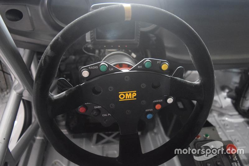Alfa Romeo Giulietta TCR, dettaglio del volante